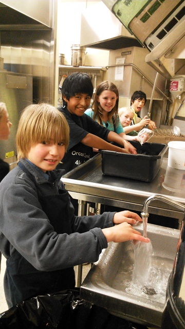 The funnest job at the 4-H Fur and Feathers Dinner last night--dishwashing!